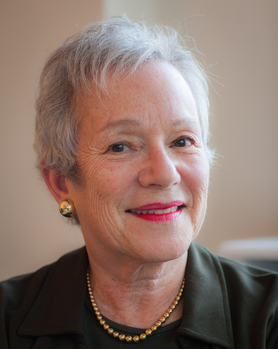 author Edith Pearlman